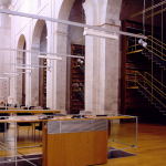 Biblioteca en una capilla
