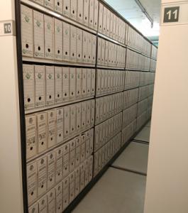 Cuatro kilómetros de estanterías y 44.000 cajas