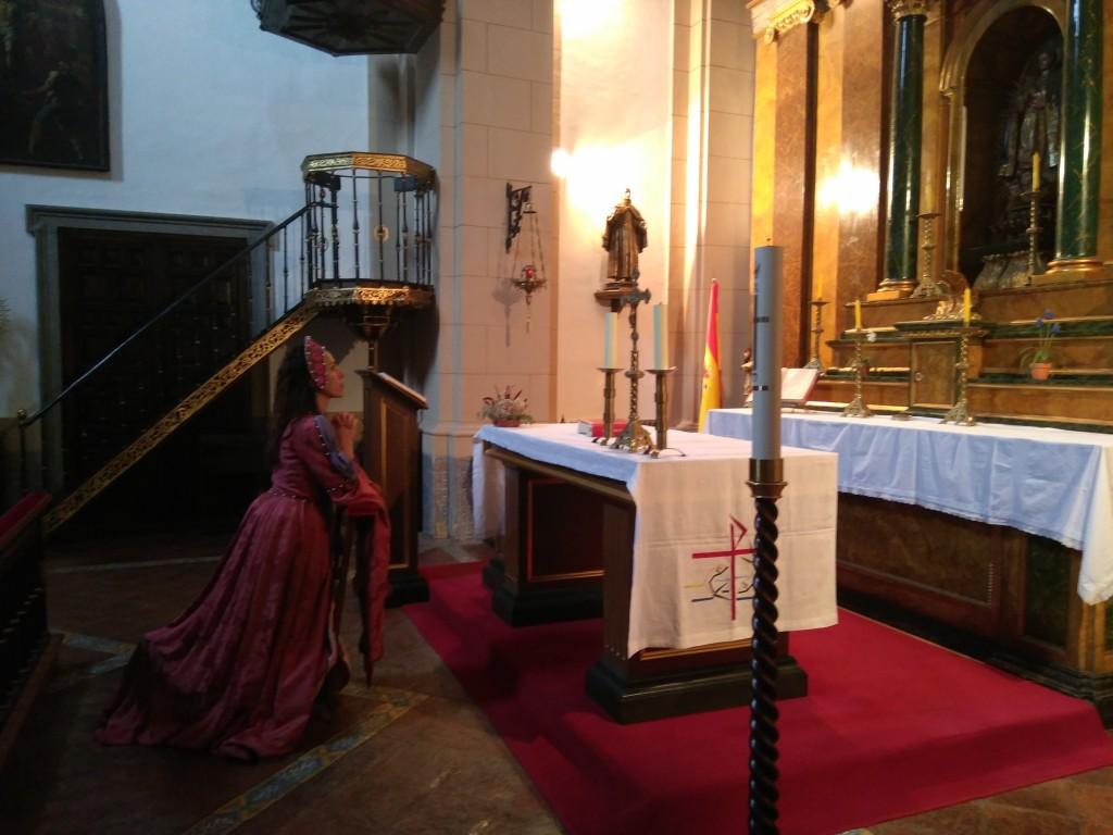 Isabel de Portugal en la capilla de la reina del Palacio Real.