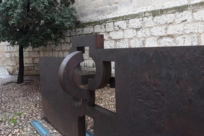 Escultura de Eduardo Chillida en Valladolid