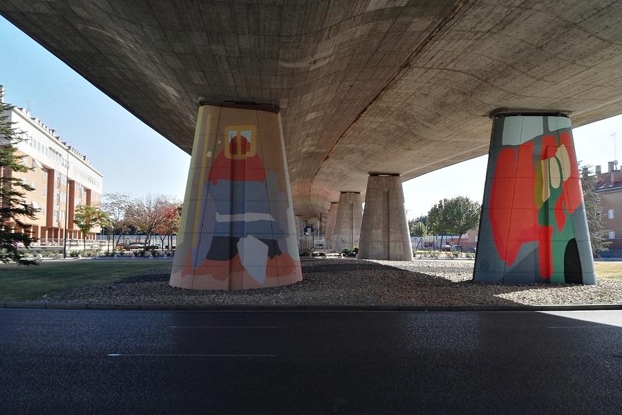 Murales en la carretera de Rueda