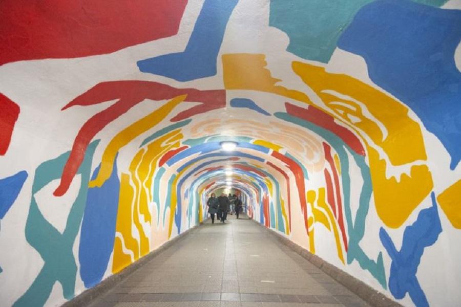 mural tunel de labradores
