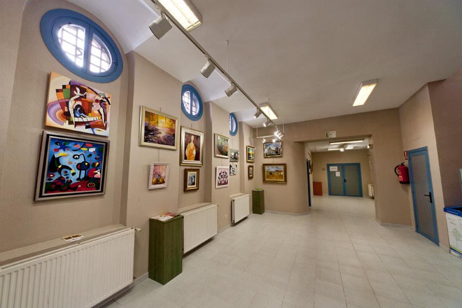 No hay imagen disponible de Salle d´expositions du C.C. Esgueva