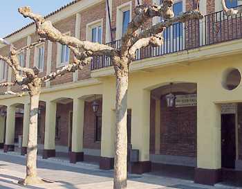 No hay imagen disponible de Salle d´expositions du C.I.C. Natividad Álvarez Chacón