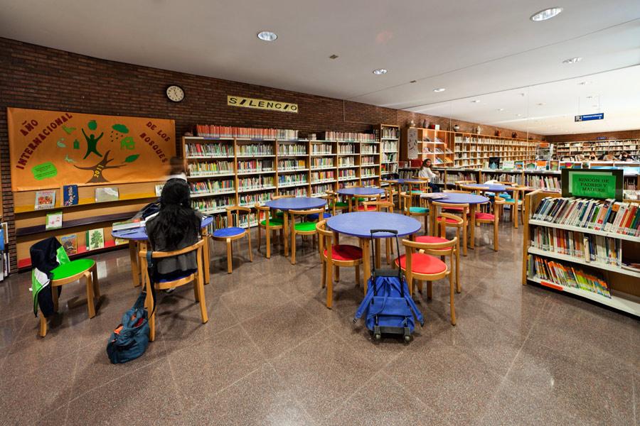 No hay imagen disponible de Santiago de los Mozos Bibliothèque de quartier