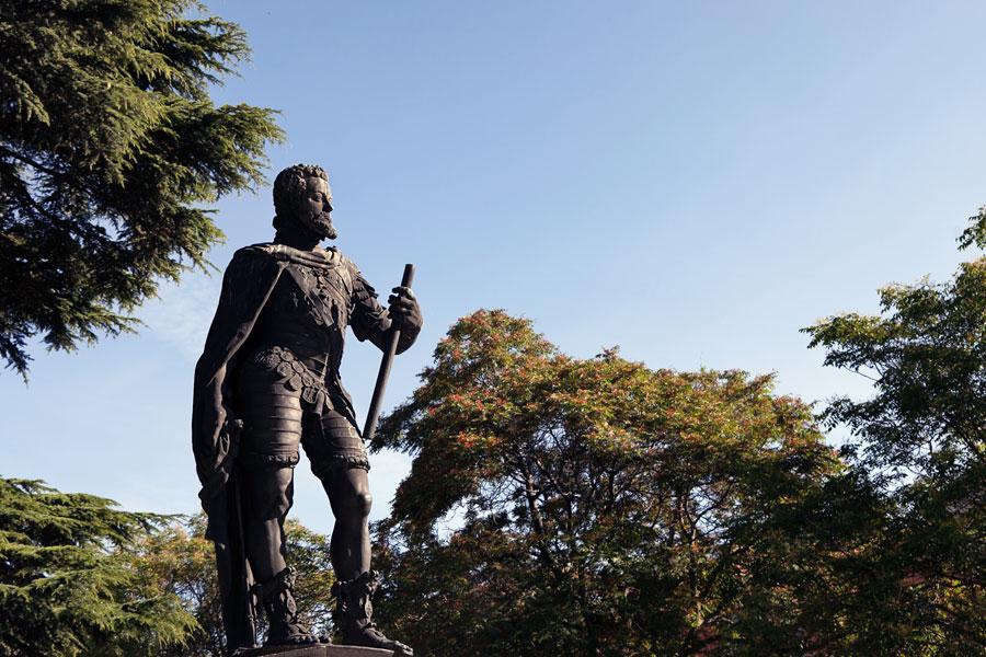 No hay imagen disponible de Monumento a Felipe II