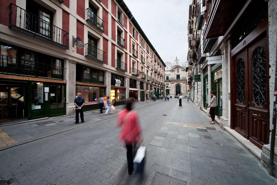 No hay imagen disponible de Rue Platería et la Place de l´Ochavo